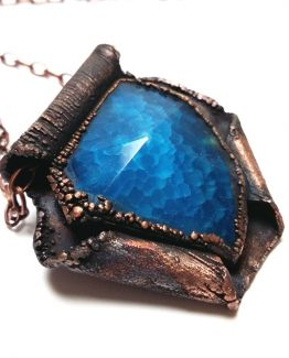 Pandantiv electroformat cupru si agata albastra
