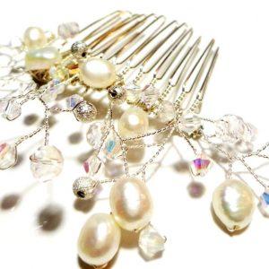 Pieptan de par perle ivory si cristale